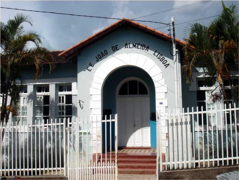 Escola João de Almeida – Jesuânia – MG